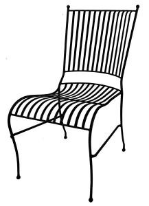 svart stol i smidesjärn för trädgården